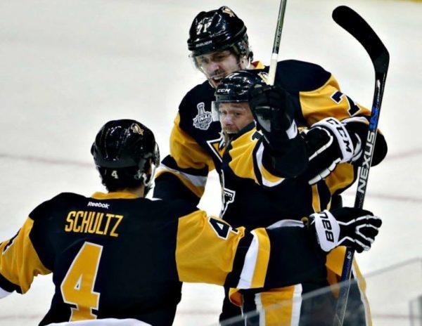 outlet store 2d781 1efde Penguins Re-sign Justin Schultz – Pittsburgh Penguins ...